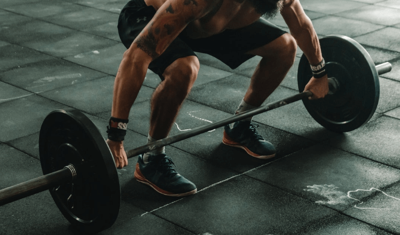 Standard vs Olympic barbell what is the difference