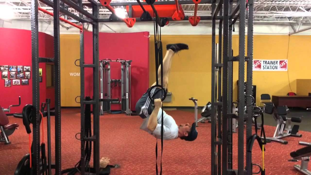 upside down ring pull ups
