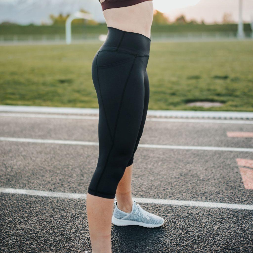 how does senita athletics clothes fit