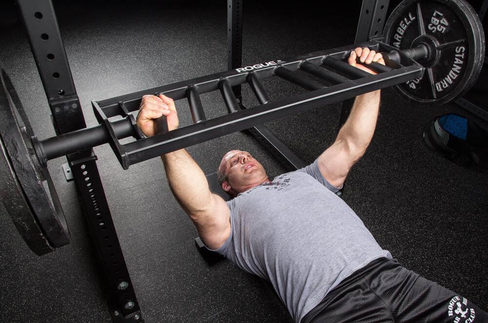 how much does a bench press swiss bar weigh