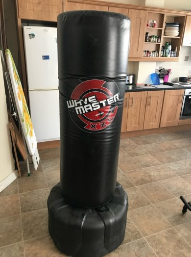 The Best Freestanding Bag - Wavemaster XXL - The Best Home Gym Setup For Weight Lifters