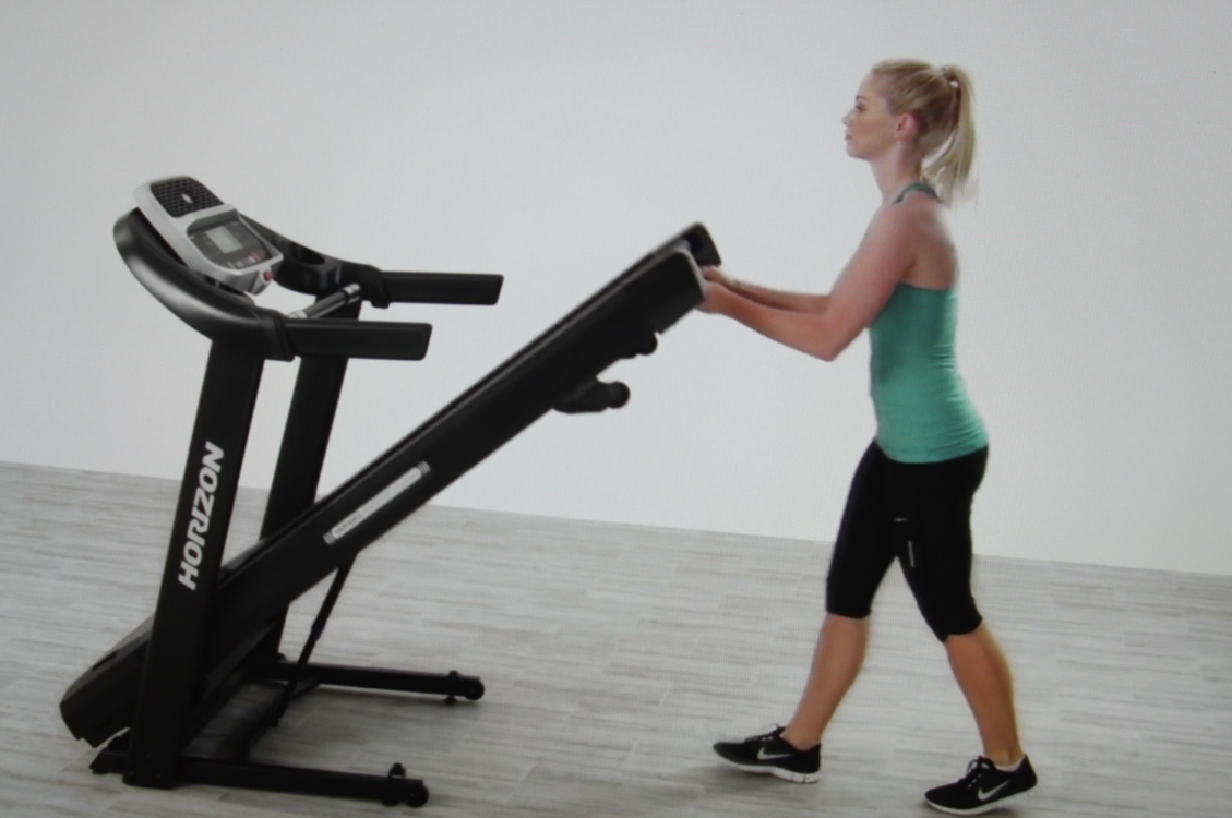 The T202 from Horizon is a foldable treadmill which means you can store easily in small places and it has a cushioning system to keep your joints safe