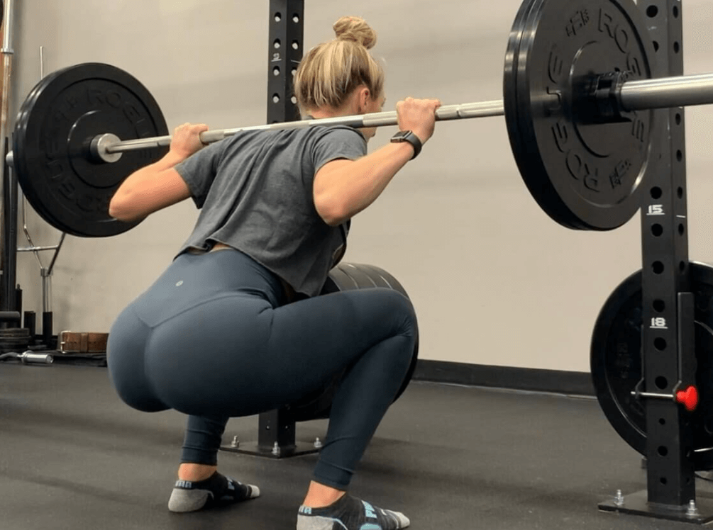 comparing the Smith Machine Squat to Barbell Squats