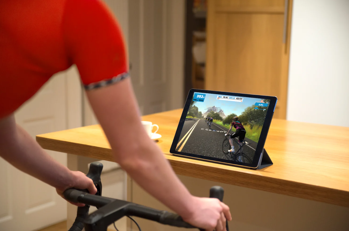 comparing The Sufferfest and Zwift when it comes to technology
