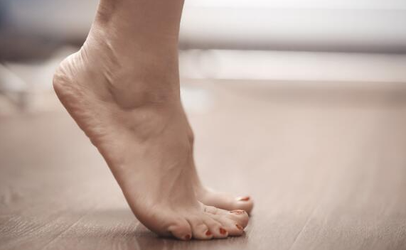 Toe Lifts is an exercise that can help in correcting the your posture and making you look taller