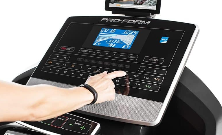 The Proform Smart Pro 2000 comes with a multitude of workout programs that you can choose from