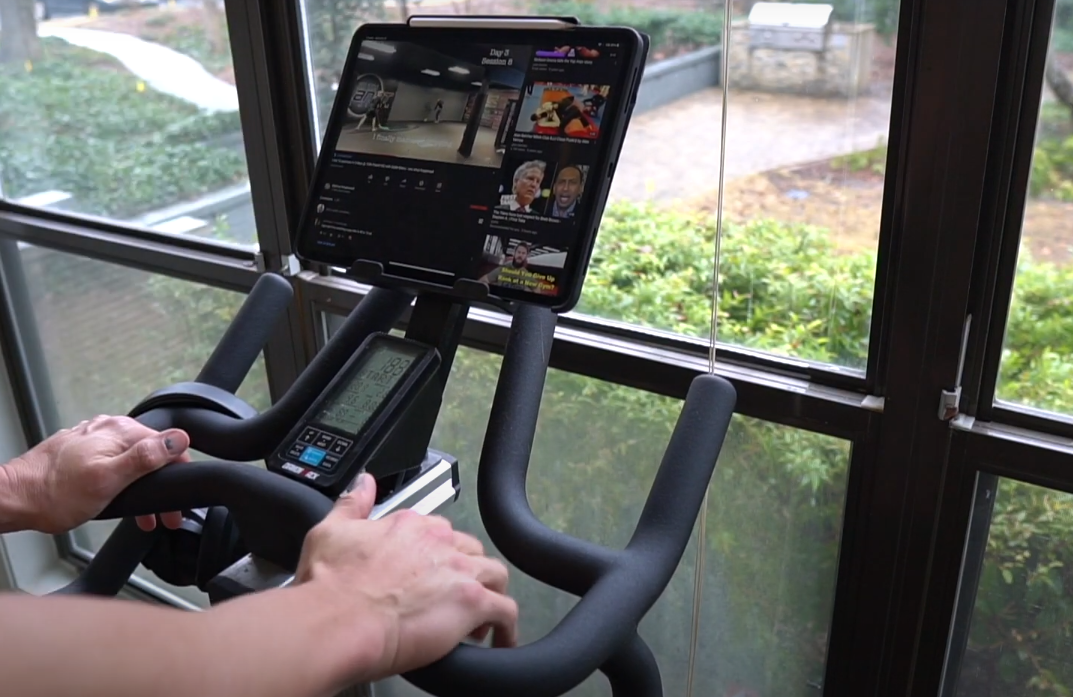 The Diamondback 510ic Indoor Cycle can be connected to both iFit and Peloton Live