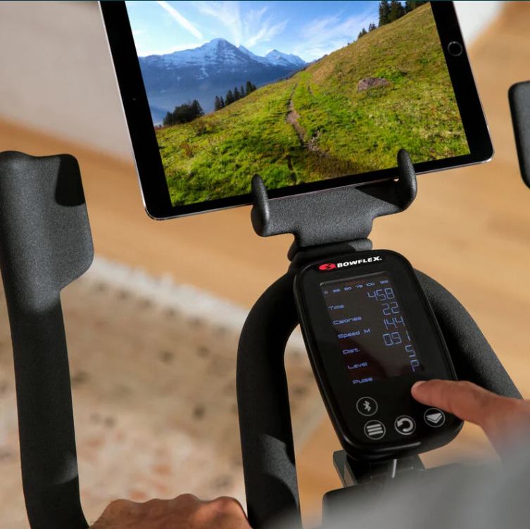 The Bowflex C6 has the capability to connect to both Zwift and Peloton Live