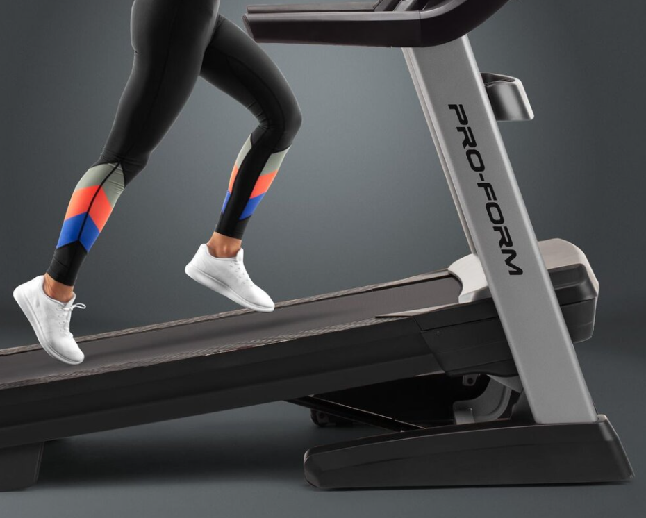 The ProForm SMART Pro 2000 Treadmill coms packed with interesting features, like an LCD screen and incline capabilities