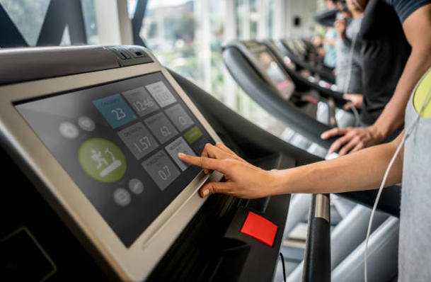Screen and screen size are another major factor that goes into deciding on a particular treadmill, some people like smaller screens others like wider ones.