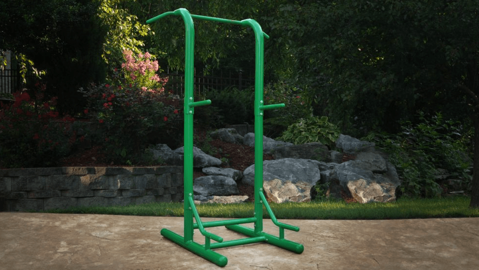 Another thing to consider when going shopping for a power tower is how sturdy the frame bars are, as you are going to be pressuring them with your full body weight