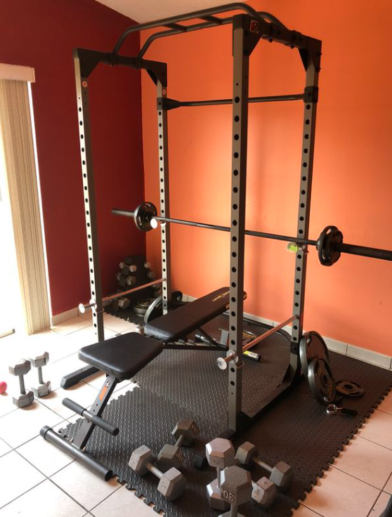 My choice for the best cheap power rack the Fitness Reality 810XLT