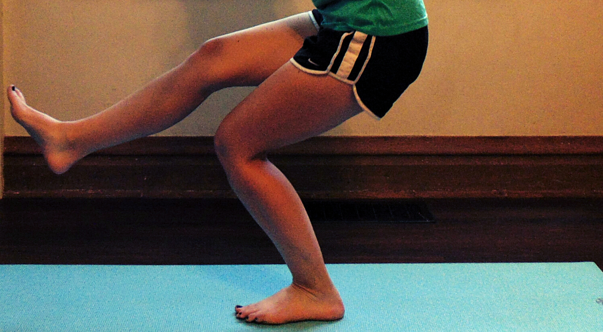 The shrimp squat acts as a fix for muscle imbalances