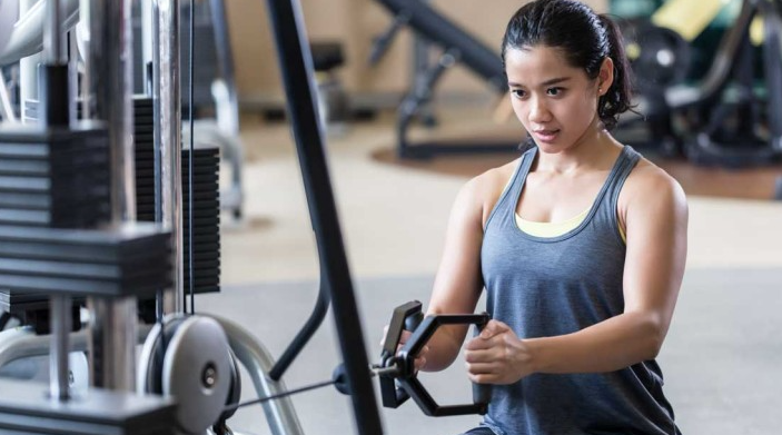 A great way to prevent muscle strain and injury when doing low rows is to Maintain Posture