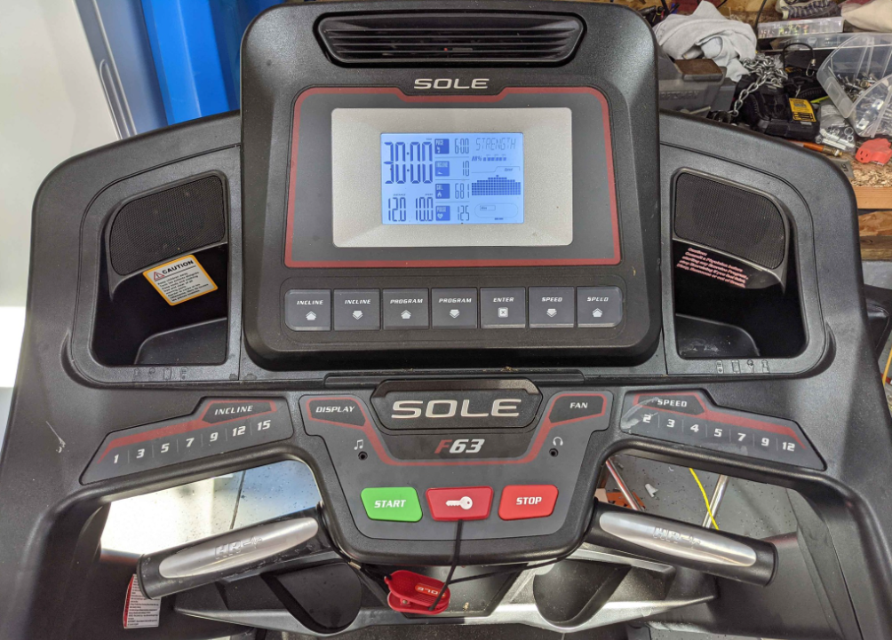 Which One Offers More Features, Sole F63 or Bowflex BXT6