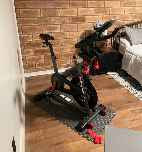 My recommendation between Schwinn IC3 & IC4 and Peloton