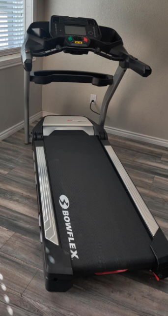 The Bowflex BXT 216 is our choice for the best Treadmill with auto incline