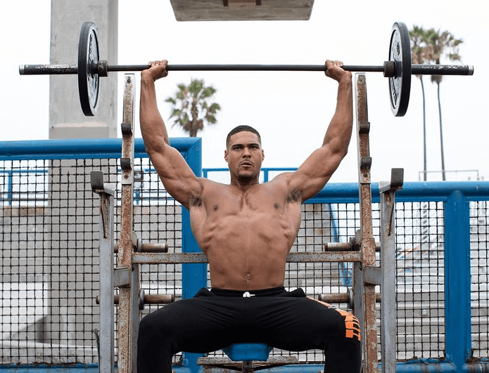 How Many Chest and Shoulders Working Sets Should You Do Every Week