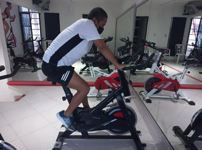 Spin bike Vs Treadmill, which works the lower body muscles
