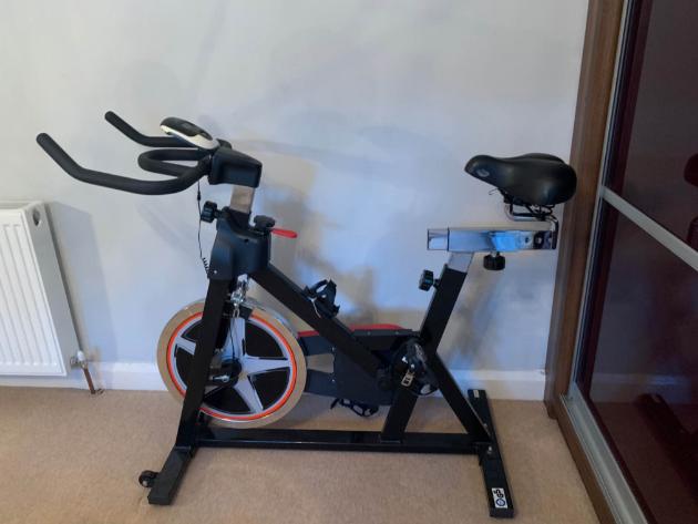 Should you pick a stationary bike ove a treadmill